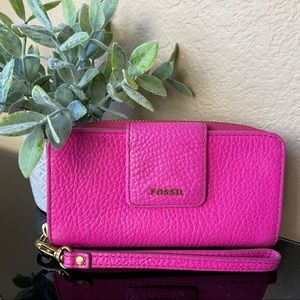 Fossil - Hot Pink Zippered Wallet Wristlet